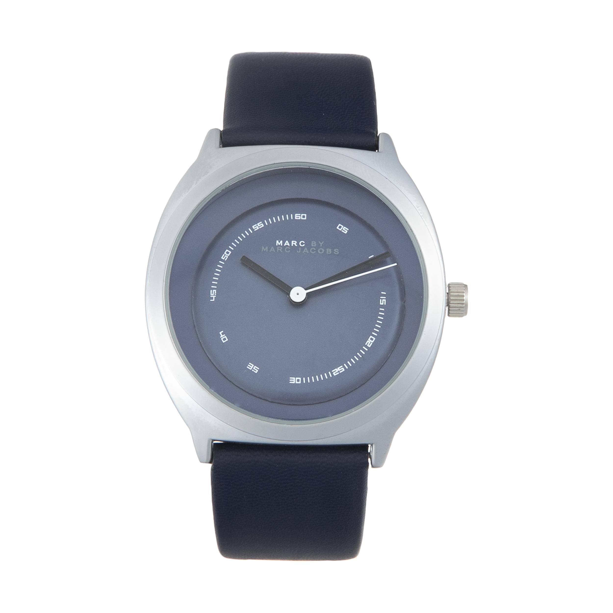 ساعت مچی عقربه ای مدل LTP-V004D-1B41UDF                     غیر اصل