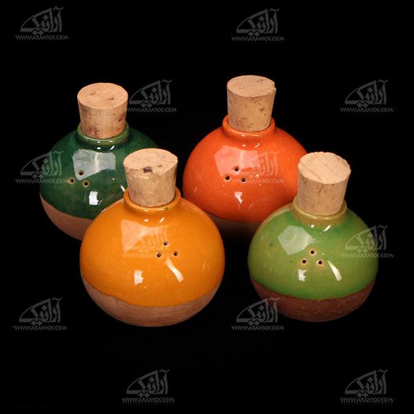 نمکدان سفالی لعاب ساده سبز روشن طرح شاداب مدل 1007600004