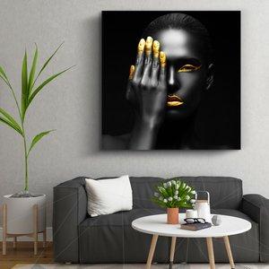 تابلو بوم تیداکس طرح دختر سیاه و طلایی کد TiA107