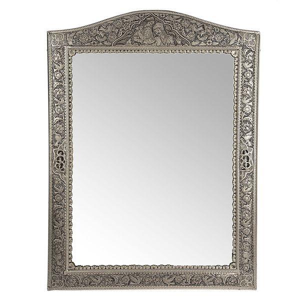آینه قلمزنی اثر خرم نژاد زمینه برنج مدل تاج دار طرح گل و مرغ و صورت سایز 66 × 48 سانتی متر