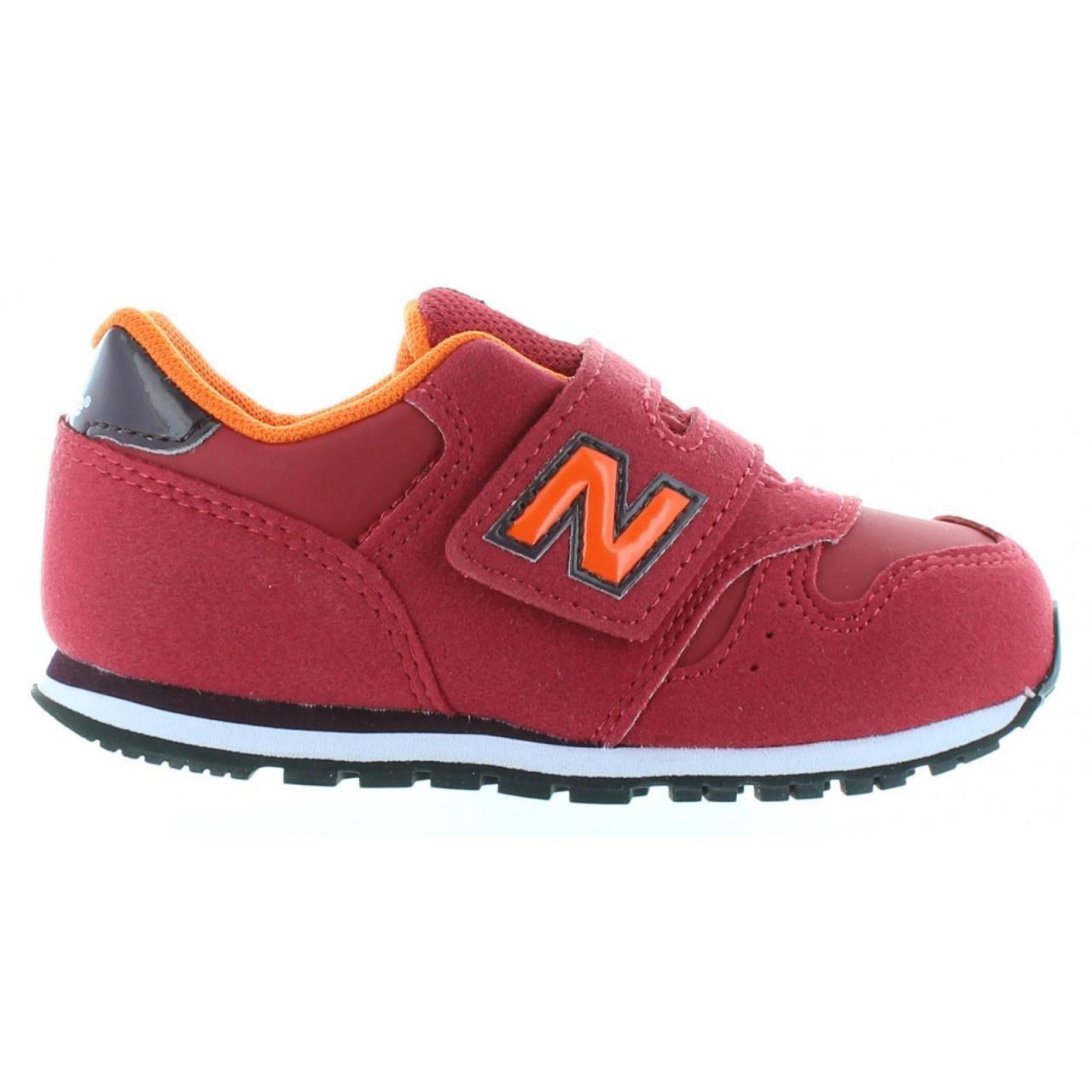 کفش ورزشی بچه گانه