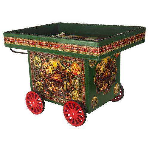 میز جلو مبلی عسلی دکوراتیو چهار چرخ طرح سنتی با نقش قاجار سفره هفت سین عید نوروز 1398 به همراه یک گلیم