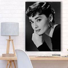 تابلو شاسی گالری استاربوی طرح آدری هپبورن مدل Hollywood Actresses 08
