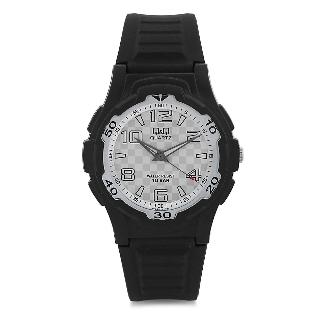 ساعت مچی عقربه ای مردانه کیو اند کیو مدل vp84j011y به همراه دستمال مخصوص برند کلین واچ