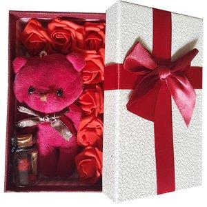 ست هديه و پک هدیه عروسک خرسی مدل 09 به همراه جعبه هدیه