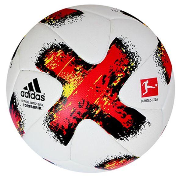 توپ فوتبال بتا مدل Torfabrik