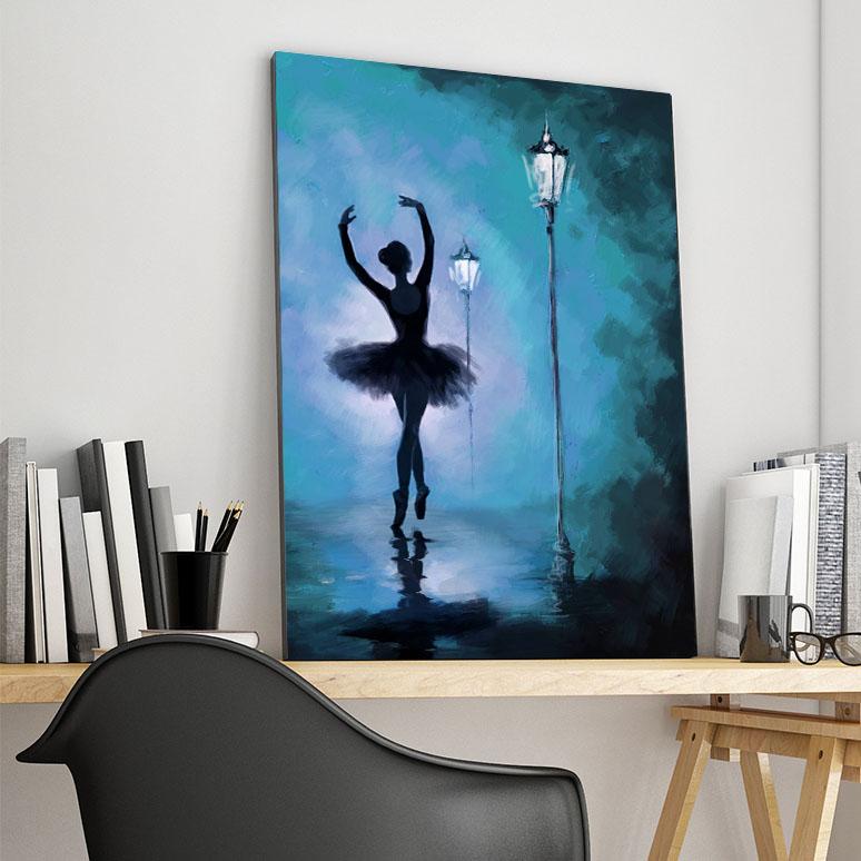 تابلو شاسی گالری استاربوی طرح رقص مدل دختر 01