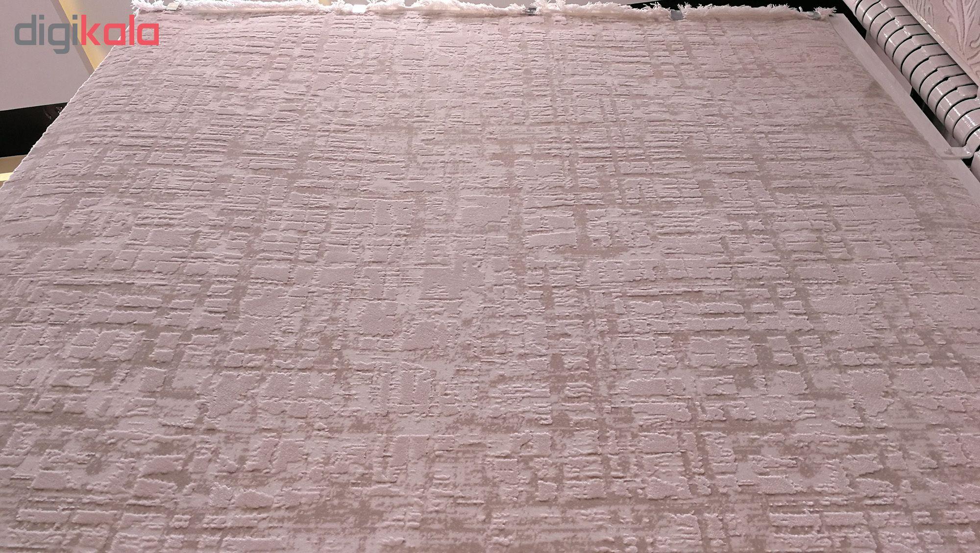 فرش ماشینی زمرد مشهد کد 2116 زمینه کرم