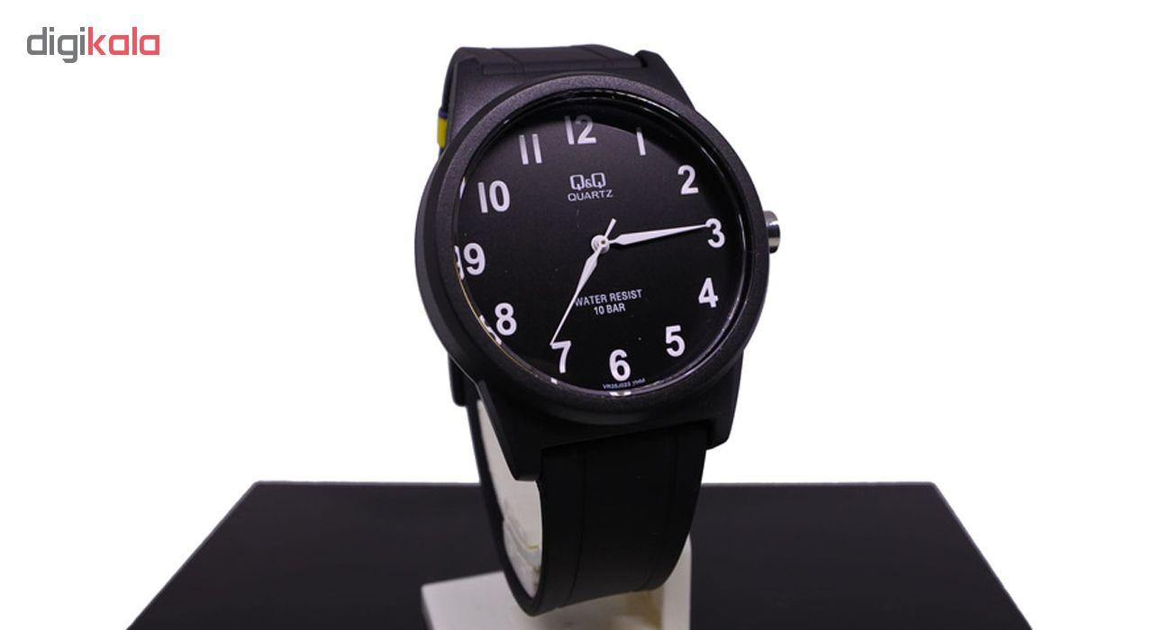 ساعت مچی عقربه ای مردانه کیو اند کیو مدلVR35J022Y به همراه دستمال مخصوص برند کلین واچ