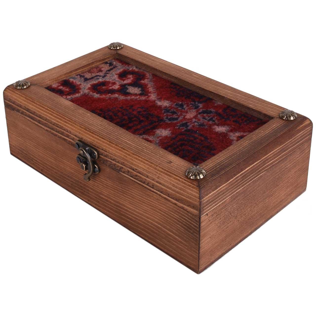 جعبه هدیه طرح فرش لاکی مدل 01-21 سایز 15×25 سانتیمتر