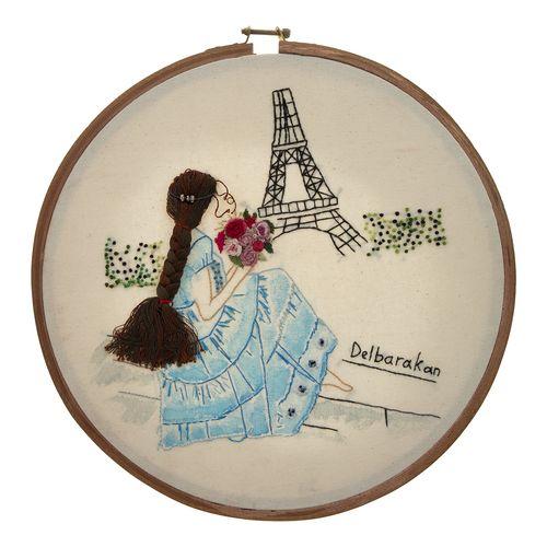 تابلو گلدوزی طرح دختر فرانسوی کد 6