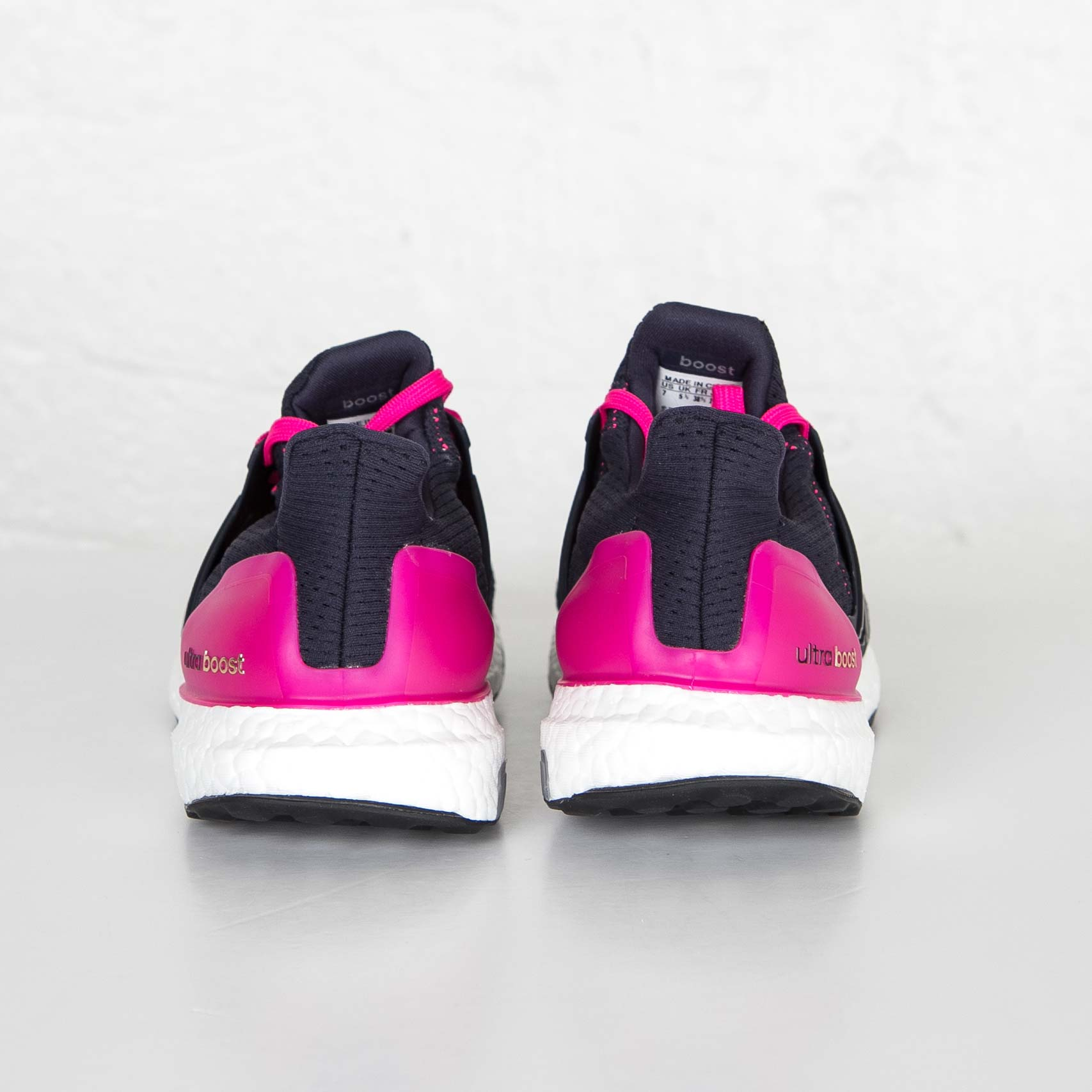 خرید                      کفش  دویدن مردانه آدیداس مدل AF5143