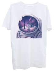 تی شرت آستین کوتاه زنانه طرح فضانورد کد Z377 -  - 1