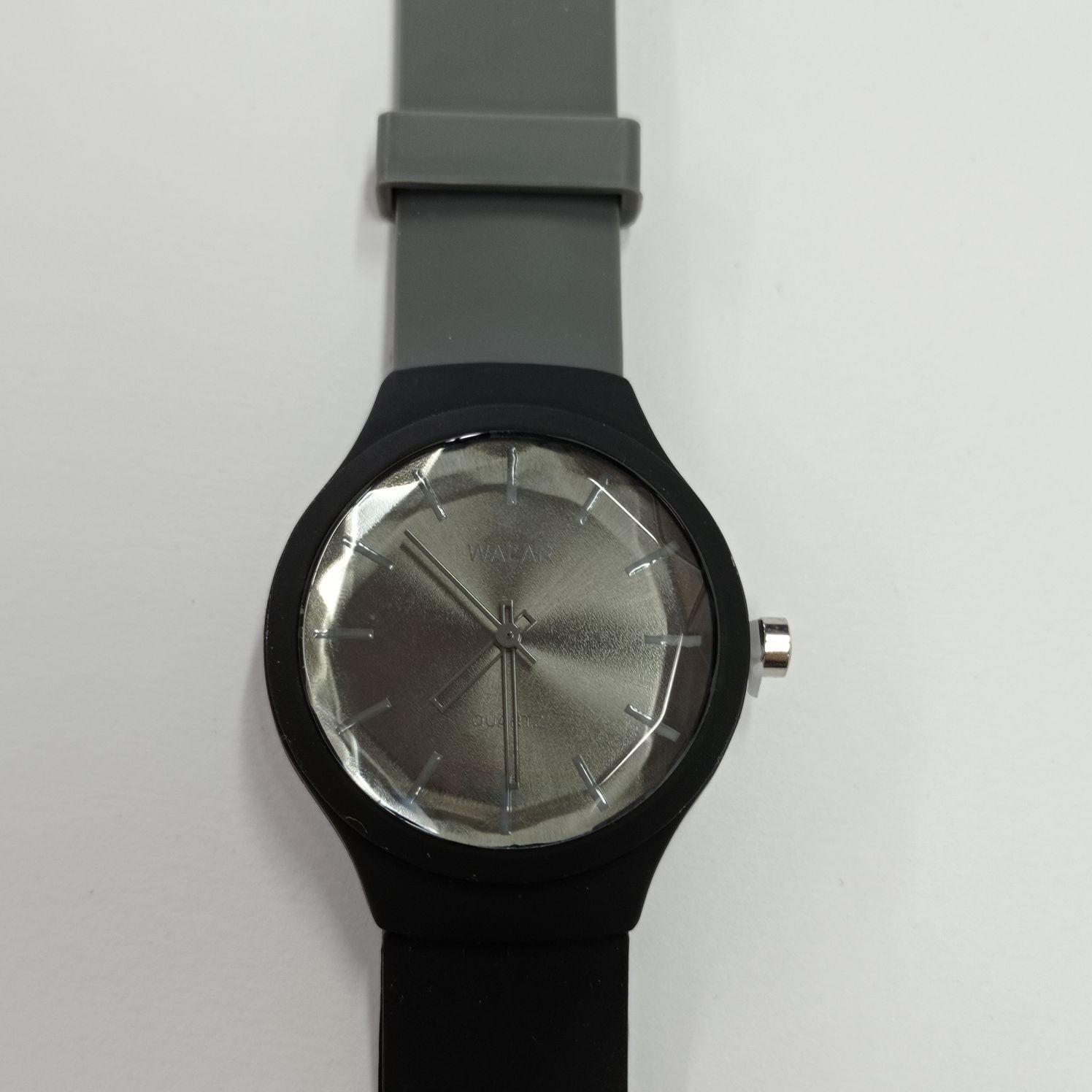 ساعت مچی عقربه ای والار مدل m/t202
