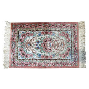 فرش دستبافت ابریشم یک چهارم متری کد YM.05