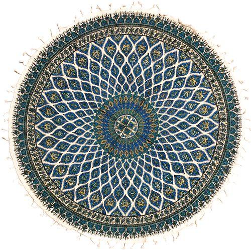 رومیزی قلمکار ممتاز اصفهان اثر عطريان طرح مسجد شیخ لطف اله مدل G126سايز دايره 100 سانتي متر