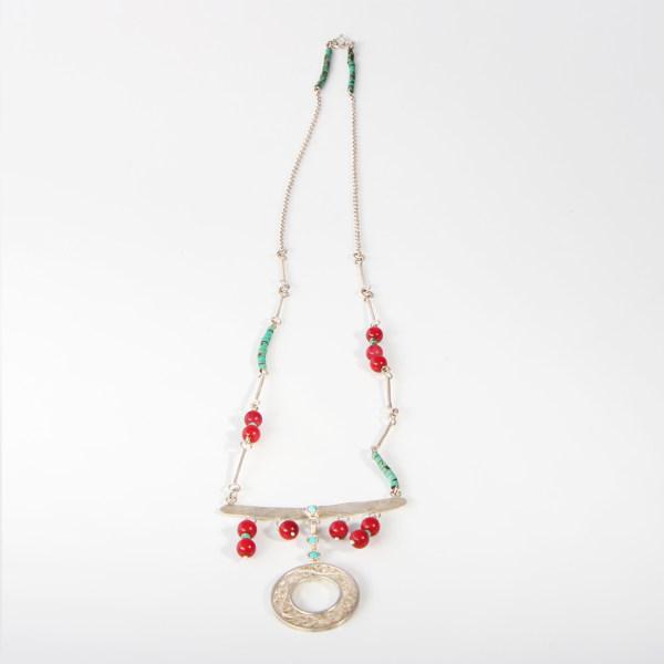 گردنبند ملیله کاری نقره با نگین مرجان آرانیک طرح شیدا مدل 1510500014