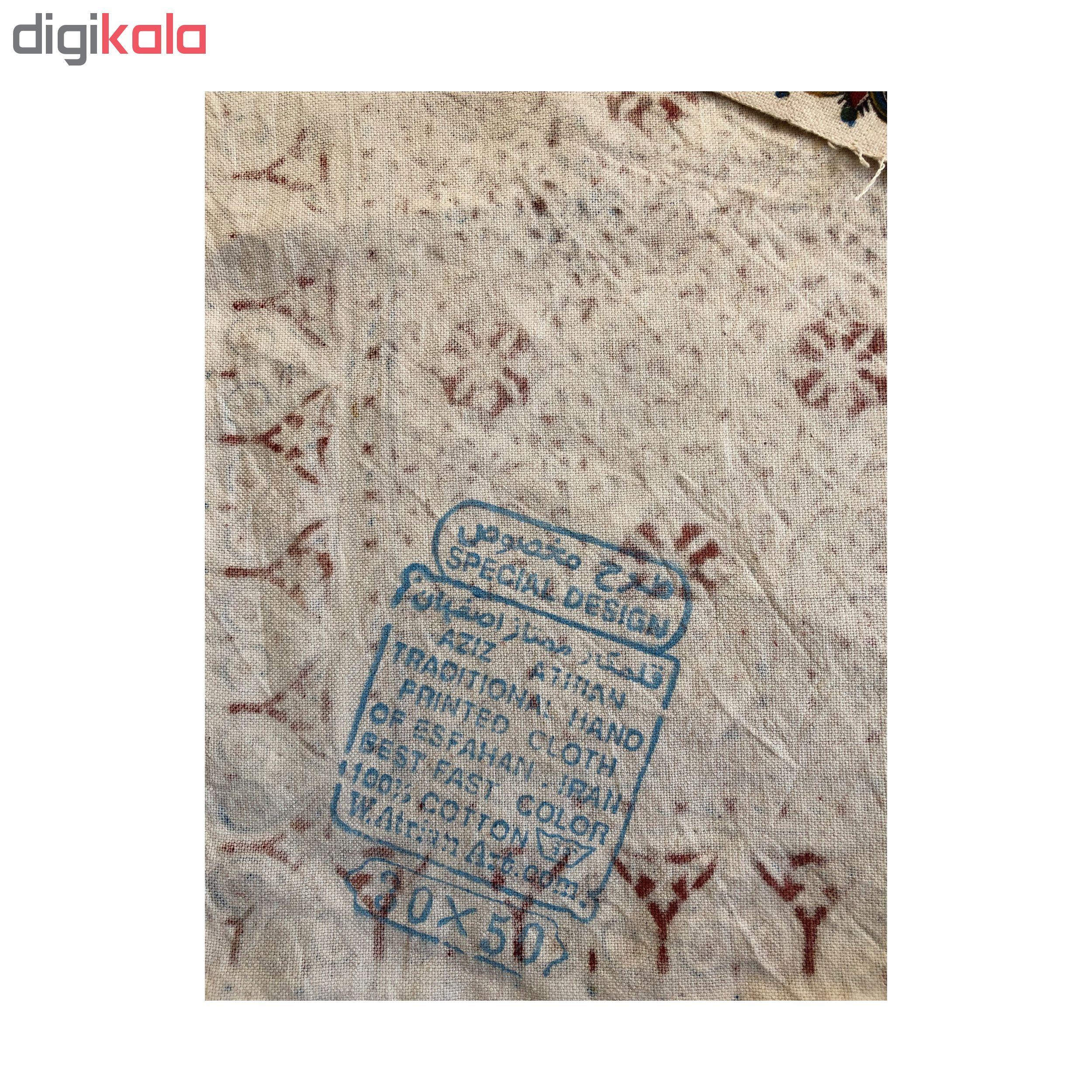 خرید                      رومیزی قلمکار ممتاز اصفهان اثر عطريان طرح بته شویدی مدلG85 سایز 30*50 سانتی متر