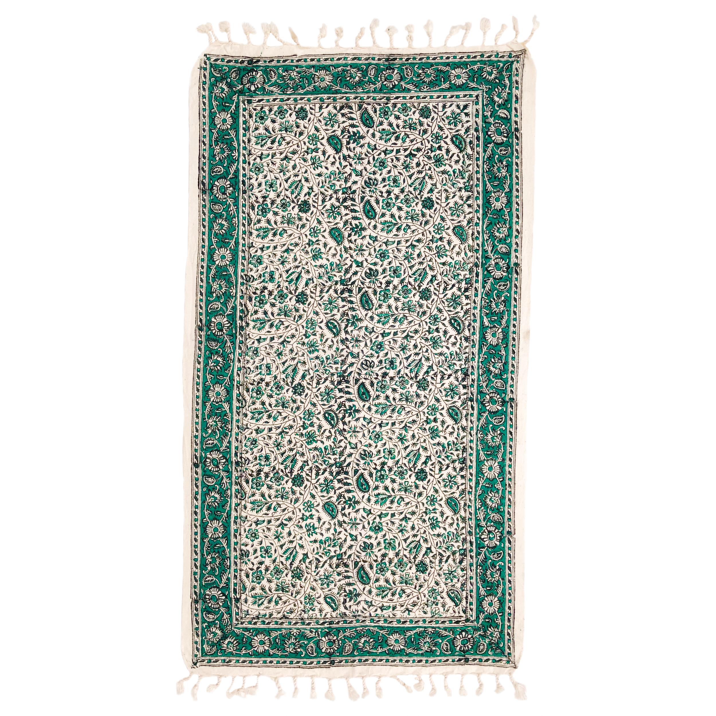 رومیزی قلمكار ممتاز اصفهان اثر عطريان طرح درهم بادامي مدل G60 سايز 100*50 سانتي متر