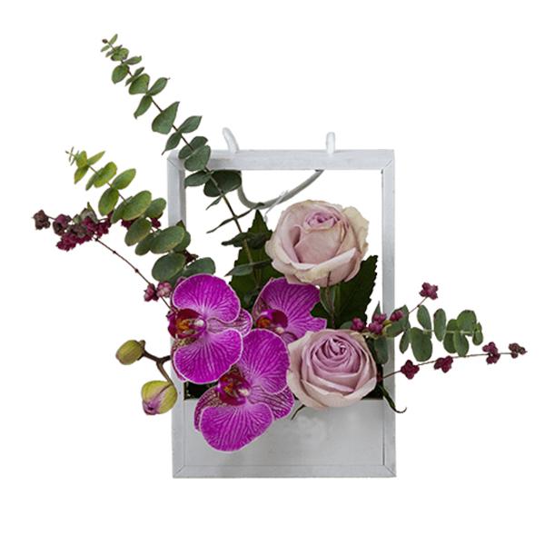 سبد گل طبیعی مدل ساینا