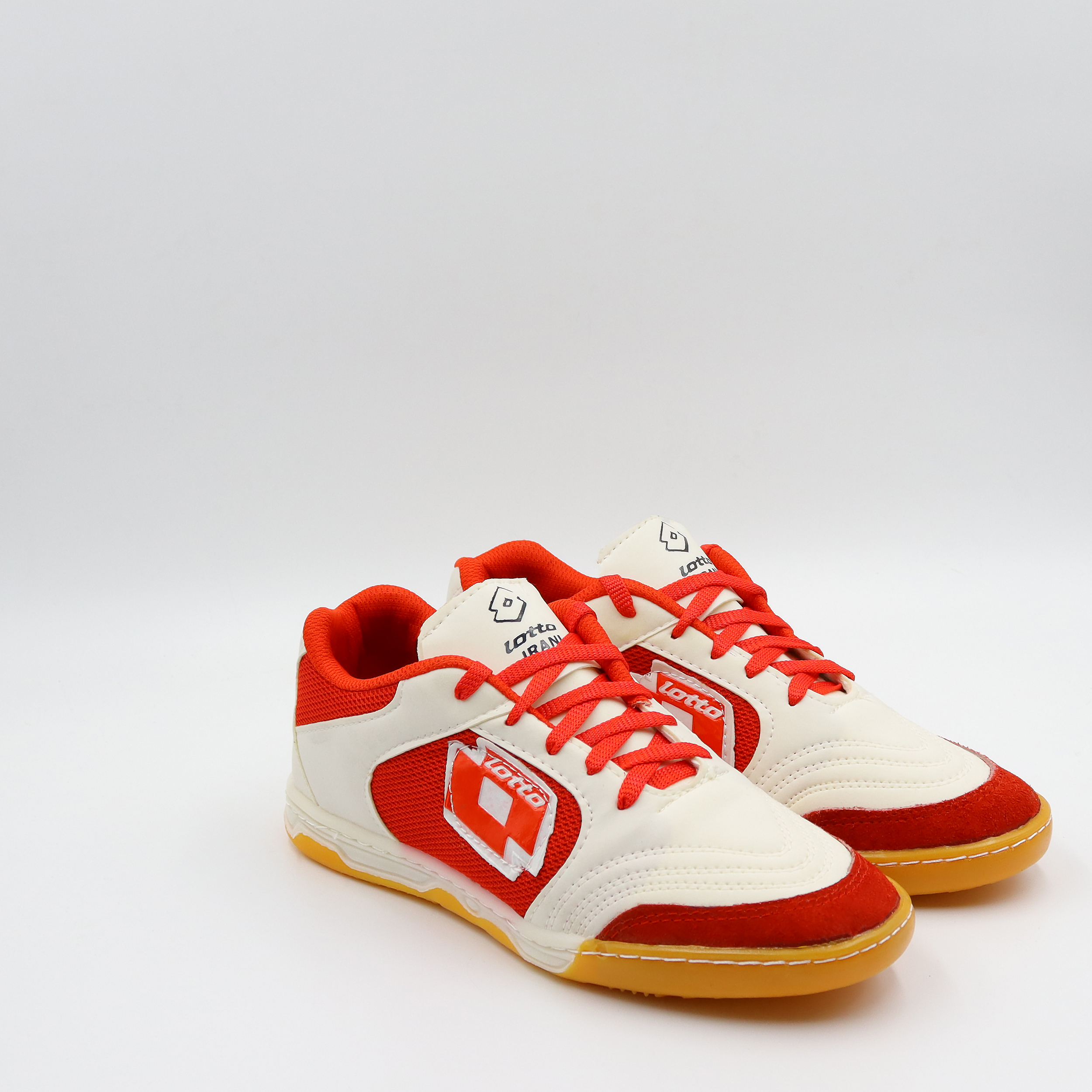خرید                      کفش فوتبال مردانه کد 648