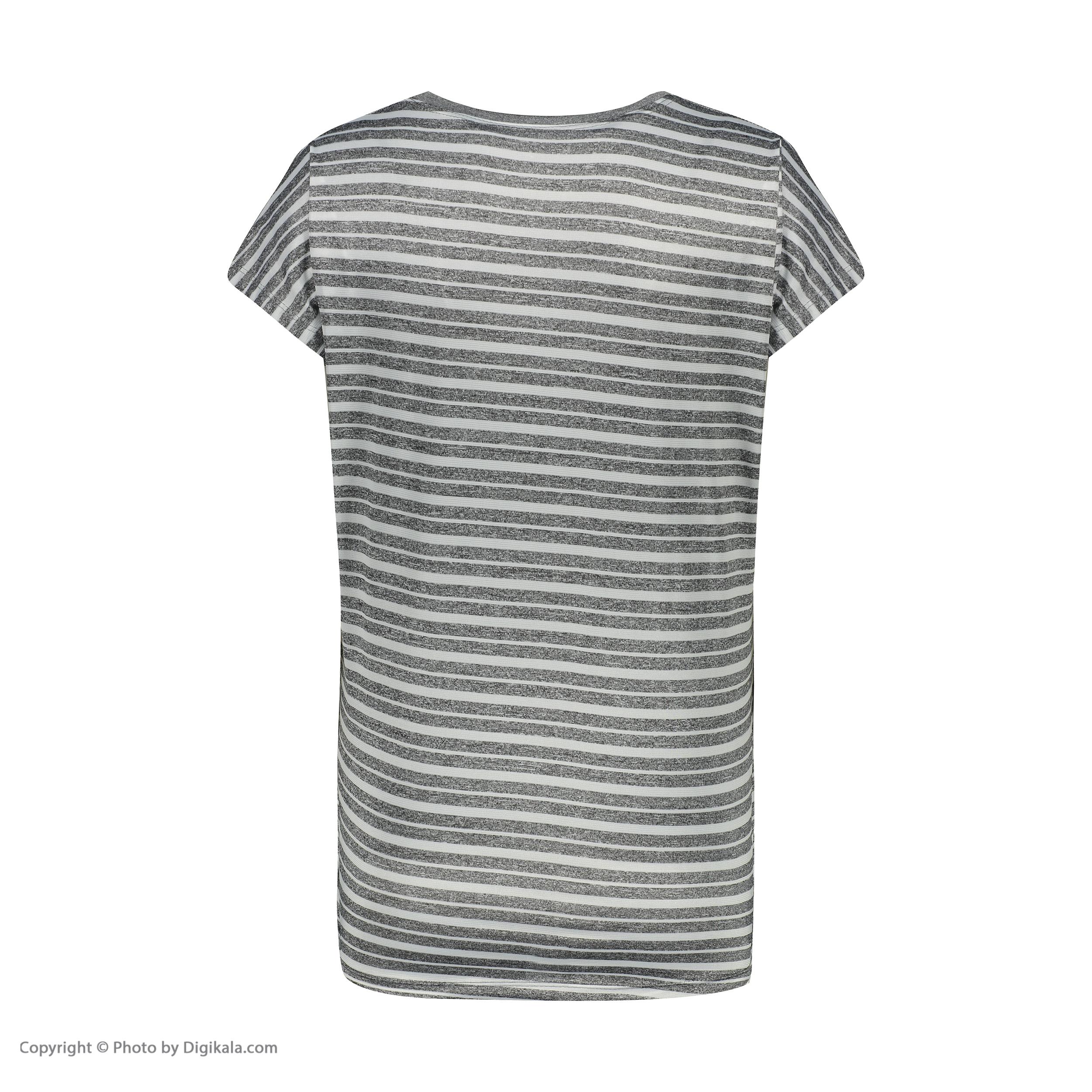 تی شرت زنانه مدل Q1