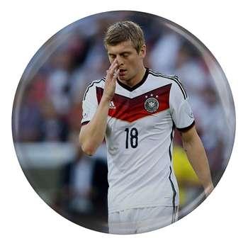 پیکسل طرح بازیکن فوتبال آلمان تونی کروس مدل S4551