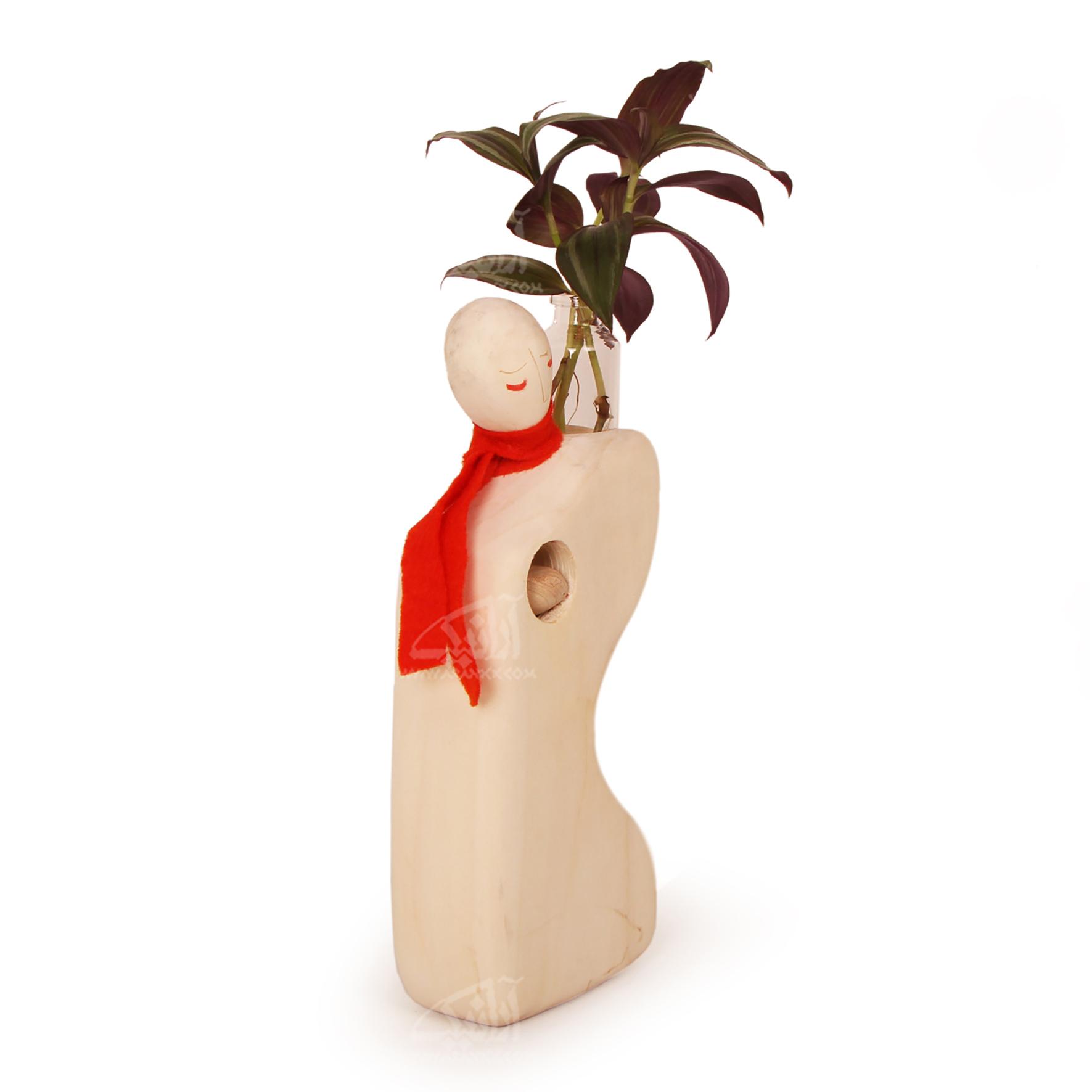 مجسمه آدمک چوبی ساده  رنگ قهوه ای روشن طرح نیایش  مدل 1105900019