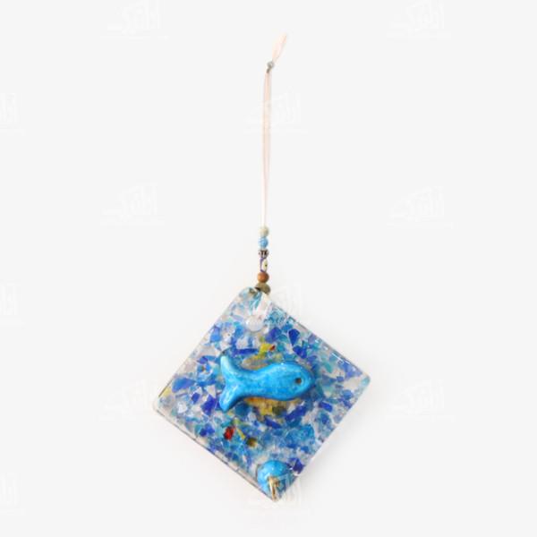 کلید آویز آبگینه با تزیینات خرمهره  رنگ آبی طرح ماهی مدل 1005400004