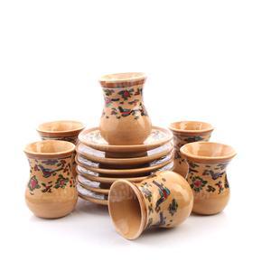 فنجان و نعلبکی سفالی نقاشی زیر لعابی قهوه ای روشن طرح سهره  مدل 1007800023