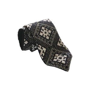 کراوات سوزن دوزی مدل هشت گل کد 01