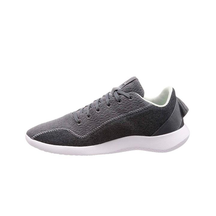 کفش مخصوص پیاده روی زنانه ریباک مدل cn6318              خرید