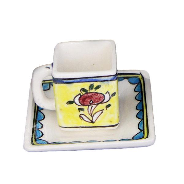 فنجان و نعلبکی سفالی نقاشی زیر لعابی زرد طرح گل مدل 1007800015