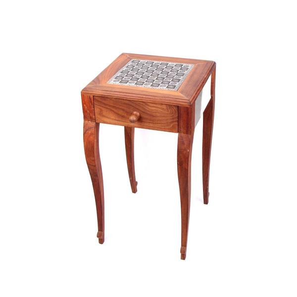 میز شطرنج چوبی آرانیک با رویه قلمزنی نفیس کد 1423900001