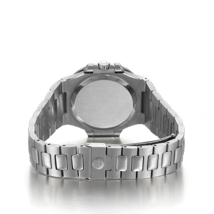 ساعت مچی  مدل ناتيلوس