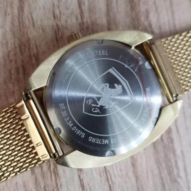 ساعت مچی عقربه ای زنانه فراری مدل 0820009