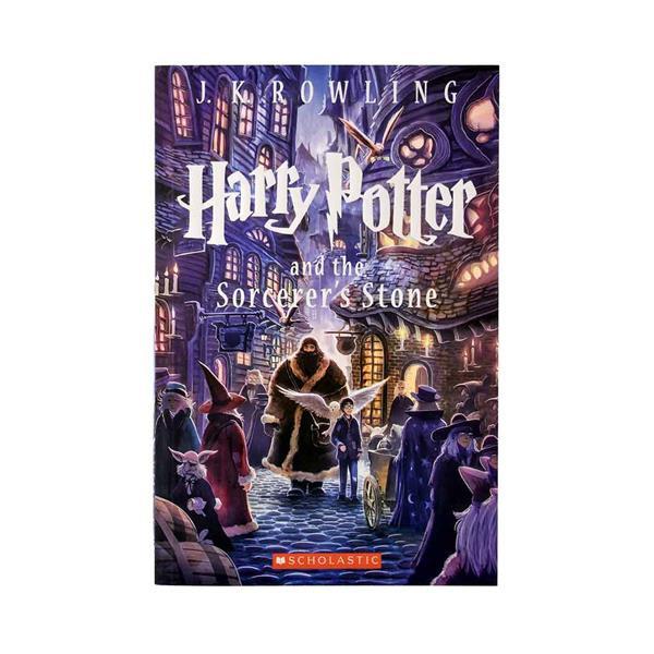 کتاب Harry Potter and the Sorcerers Stone - Harry Potter 1 اثر J.K. Rowling انتشارات Scholastic Inc.