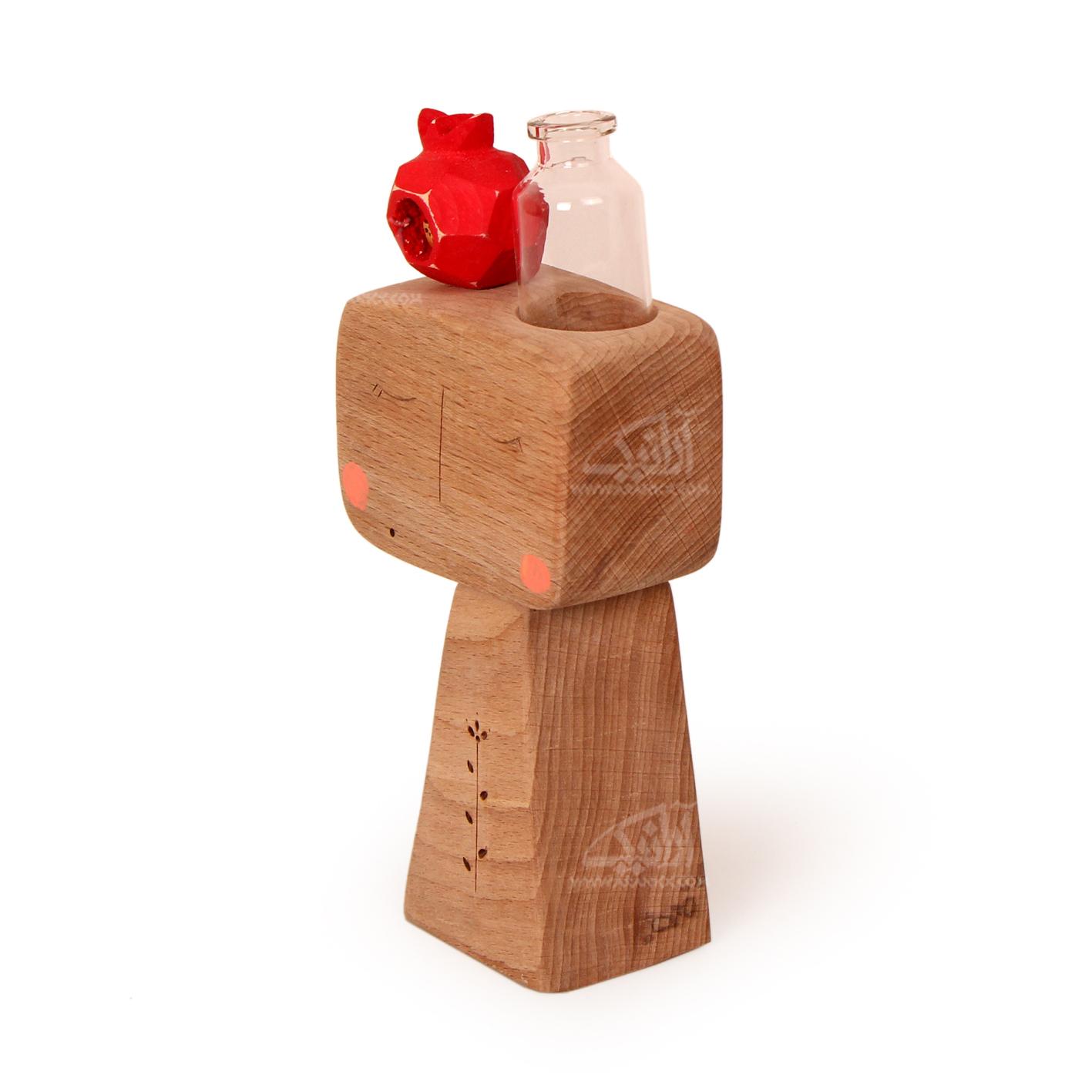 مجسمه چوبی  رنگ آمیزی رنگ قهوه ای روشن طرح آدمک تنها مدل 1105900003