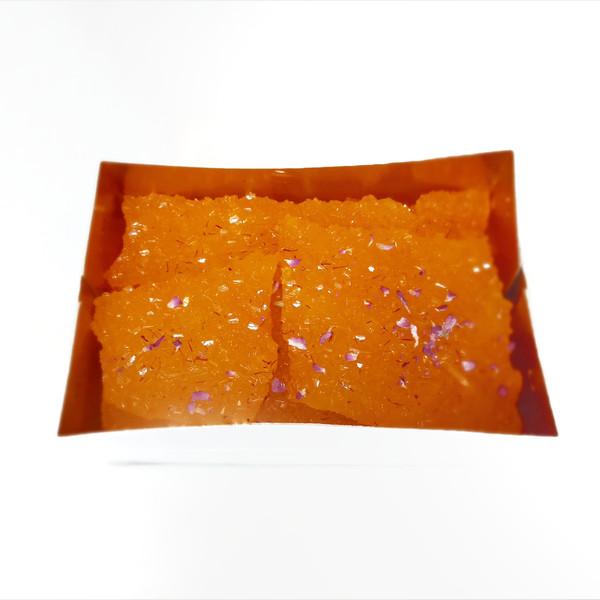 نبات تخت ممتاز زعفرانی - 2500 گرم