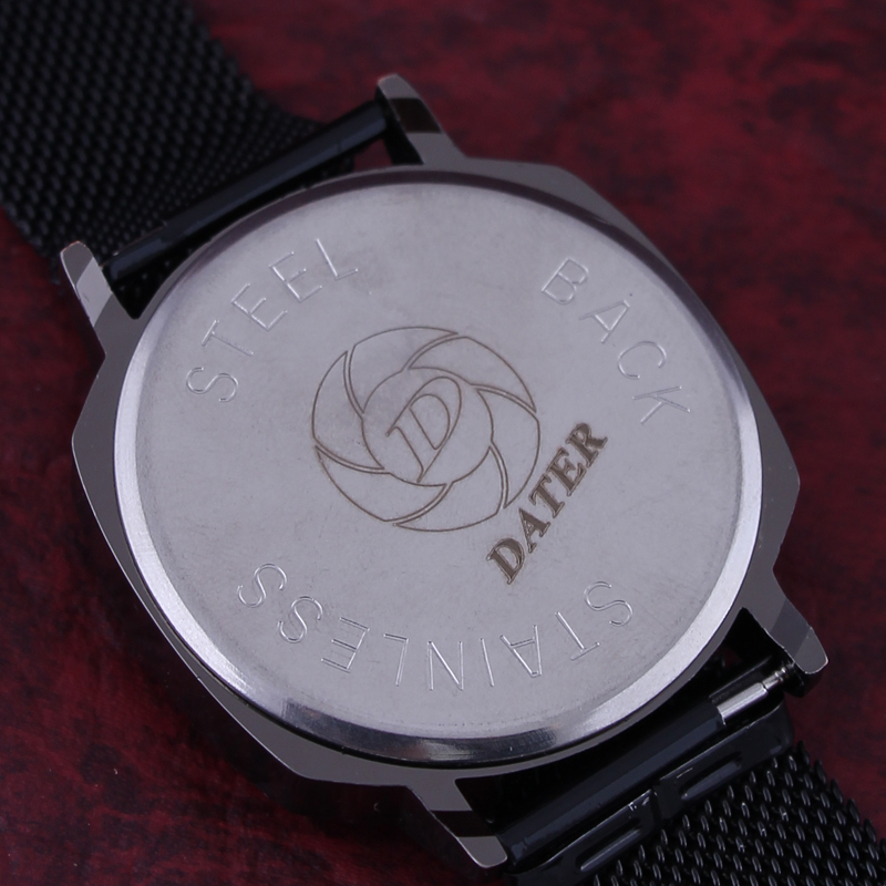 ساعت مچی دیجیتال دیتر مدل LE 3348 -M-M