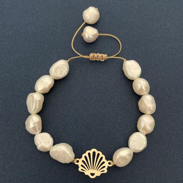 دستبند طلا 18 عیار زنانه الماسین آذر طرح صدف کد SADAF03