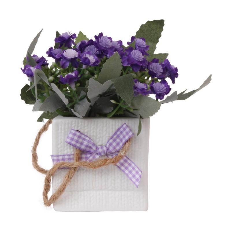 گلدان به همراه گل مصنوعی مدل پاپیون