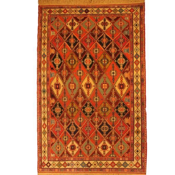 قالیچه گلیم دستبافت ورنی دو و نیم متری کد 104