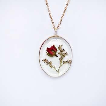 آویز گردنبند زنانه مدل گل رز طبیعی جاودان