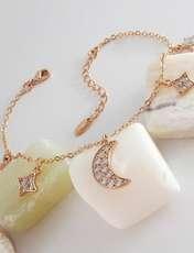دستبند زنانه ژوپینگ طرح ماه و ستاره کد XP239 -  - 2