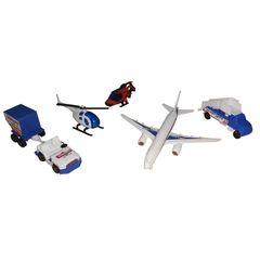 هواپیما و هلی کوپتر بازی مدل فرودگاه مجموعه ۳ عددی به همراه ماشین بازی
