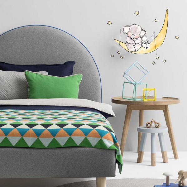 استیکر دیواری اتاق کودک مدل فیل و ماه