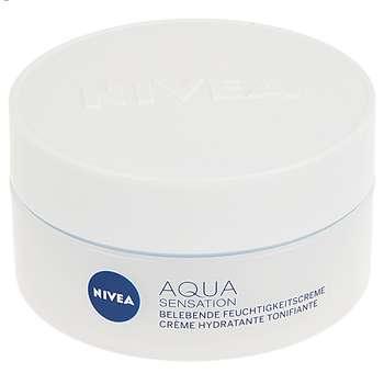 کرم مرطوب کننده نیوآ مدل Aqua Sensation حجم 50 میلی لیتر