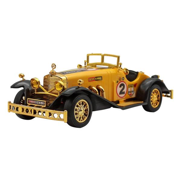 ماشین بازی مدل کلاسیک مسابقه ای کد RM41