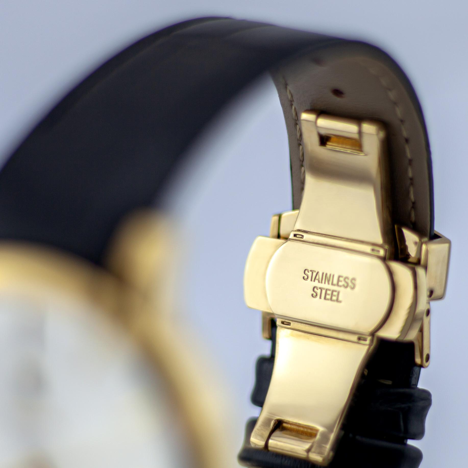 خرید                                     ساعت مچی عقربهای مردانه  مدل 1032GW ME                      غیر اصل